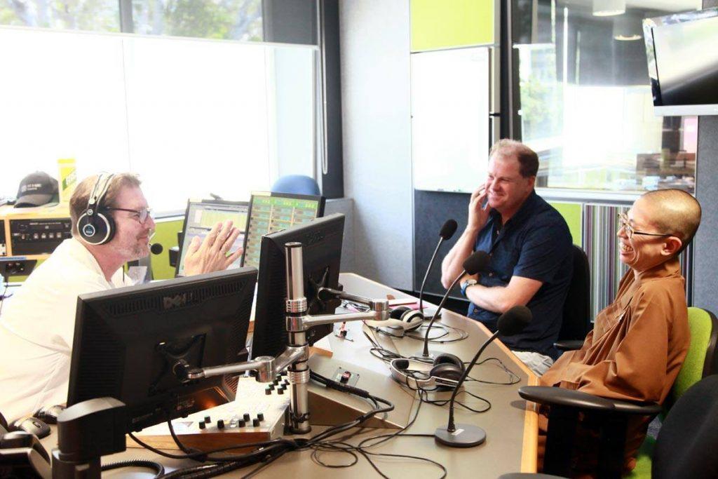 VJW at ABC lllawara studio 07